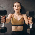 Hantle stałe – poznaj zalety treningu z tym sprzętem
